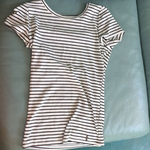 Striped XS hollister top for girls.